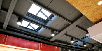 廠房屋頂消防自然排煙要裝太子樓還是採光通風排煙窗?法規、優缺點解析看這篇!