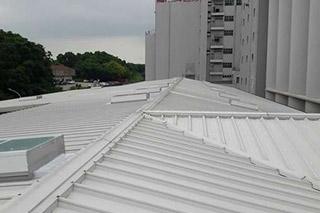 廠房通風新利器~增進採光及散熱的佛司特屋頂採光散熱窗~