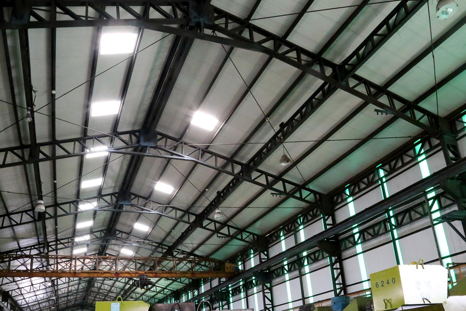 高雄 螺絲製造廠-鐵皮廠房